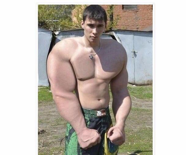Chico photoshop musculos